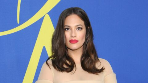 PHOTO Ashley Graham topless : le mannequin grande taille dévoile sa poitrine