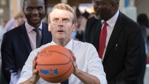 Emmanuel Macron: moment très gênant pour le président dans un lycée au Nigéria