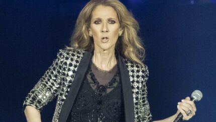 Céline Dion ose ENCORE une tenue ahurissante pour se rendre à l'aéroport