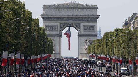 Défilé des Bleus sur les Champs-Elysées: le détail qui change tout par rapport à 1998
