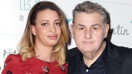 Pierre Ménès: sa compagne Melissa Acosta attaquée, il réplique TRÈS violemment