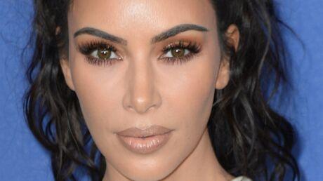 PHOTO Topless, Kim Kardashian expose ses fesses dans un tanga sexy