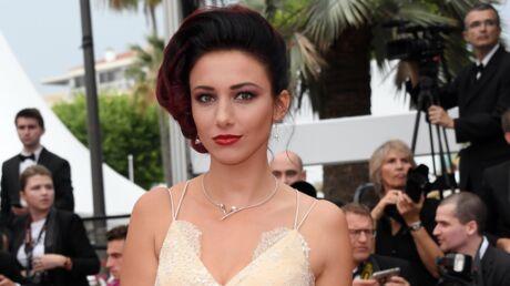 Delphine Wespiser: pour sa rentrée, l'ex-Miss France opte pour un shooting sexy