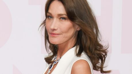 PHOTO Carla bruni partage une photo TRES SEXY de sa période top model