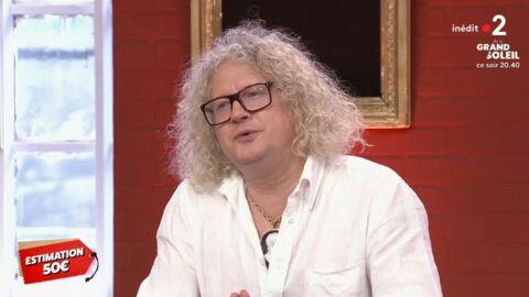VIDEO Affaire conclue: Jean-Pierre Chalençon sous le charme d'un jeune vendeur, il le drague ouvertement