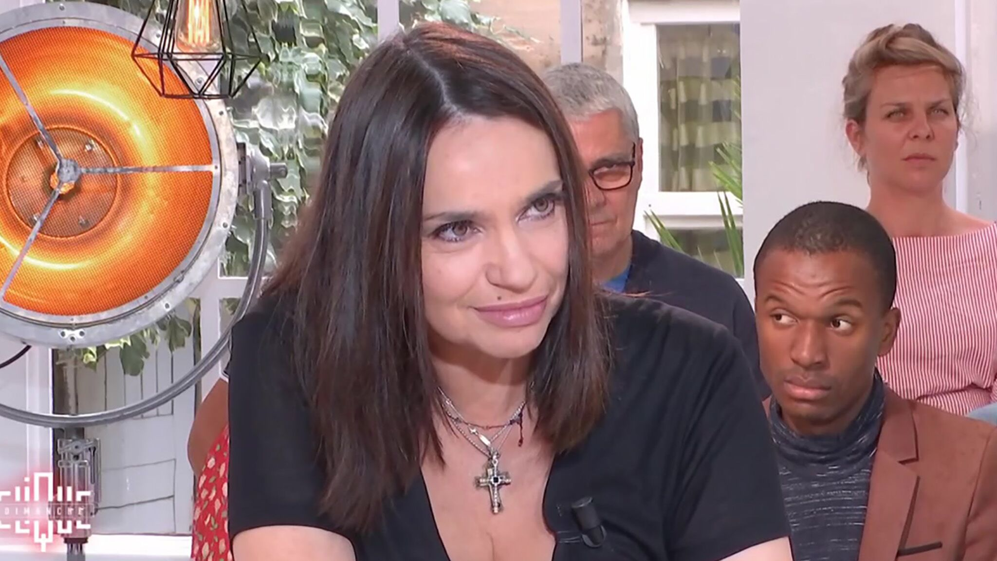 Sideboobs Video Beatrice Dalle naked photo 2017