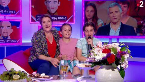 VIDEO Tout le monde veut prendre sa place: Marie-Christine présente ses enfants à Nagui