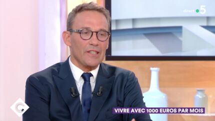 VIDEO Julien Courbet arnaqué par un plombier: son anecdote «extraordinaire»