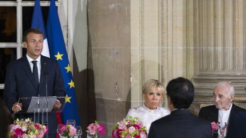 Mort de Charles Aznavour: les mots poignants d'Emmanuel Macron en hommage au chanteur