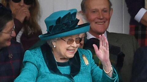 Elizabeth II: son petit gadget bien utile pour son salut royal