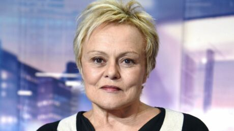 muriel-robin-tres-remontee-elle-atomise-charles-consigny-dans-on-n-est-pas-couche