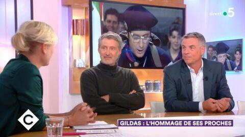 VIDEO Mort de Philippe Gildas: Antoine de Caunes et Bruno Gaccio racontent leurs derniers instants avec l'animateur