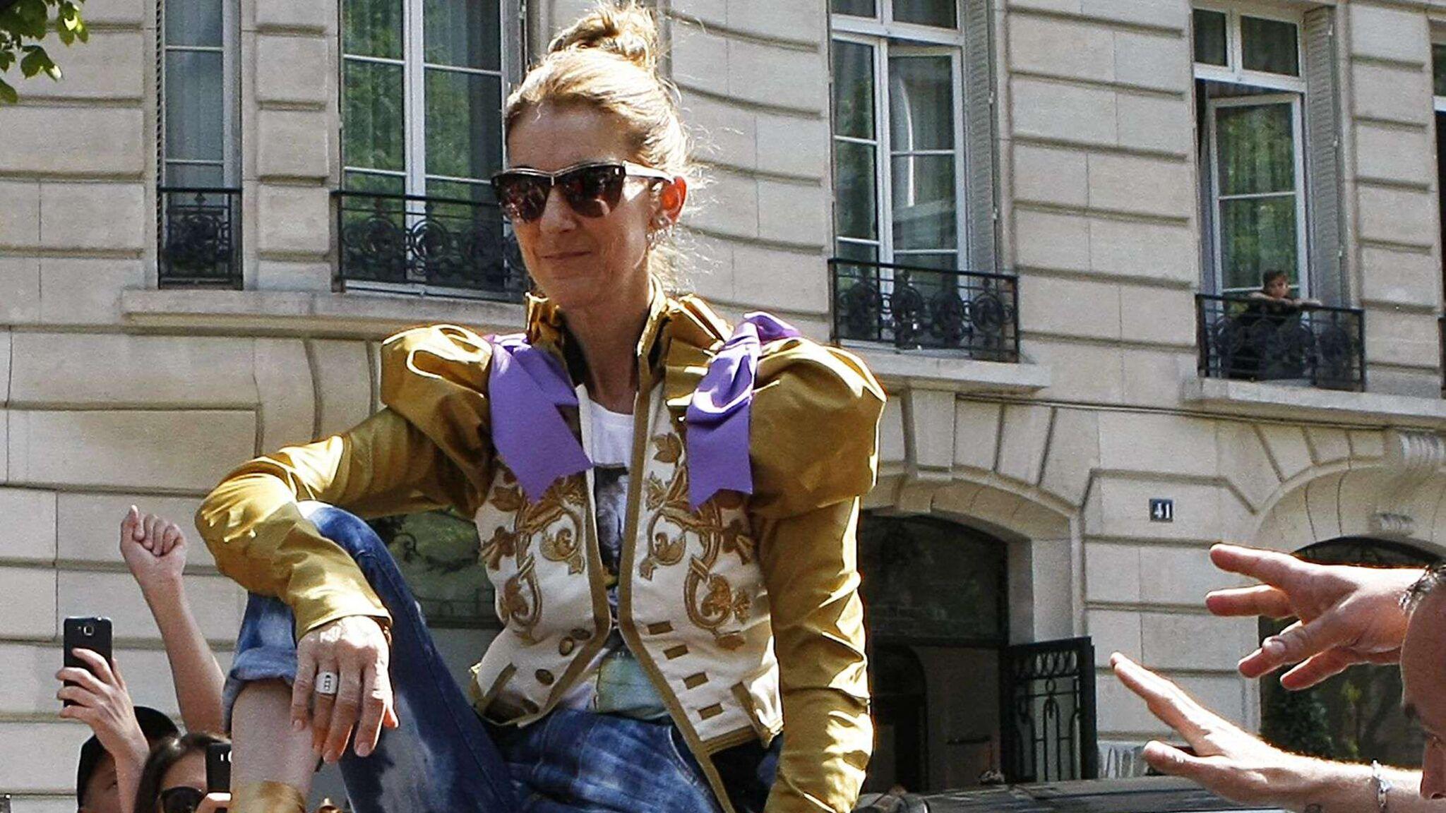 30abaf1838ce2 Céline Dion lance une ligne de vêtements pour enfants   pour ou contre  -  Voici