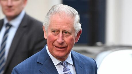 Prince Charles: découvrez l'objet très étonnant qu'il conserve TOUJOURS dans les poches de sa veste