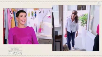 VIDEO Les reines du shopping: Chantal Lauby surprend une candidate en pleine séance d'essayage