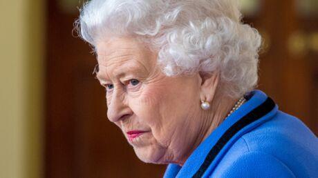 Elizabeth II: cinq de ses gardes arrêtés en état d'ébriété suite à une bagarre