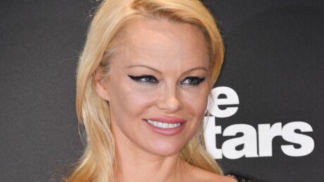 PHOTO Pamela Anderson dévoile sa poitrine sur Instagram pour faire passer un message