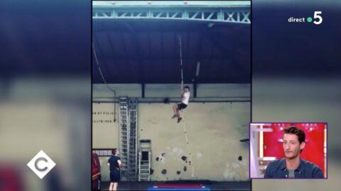 VIDEO Pierre Niney transformé: découvrez les impressionnantes images de ses entraînements avec les pompiers