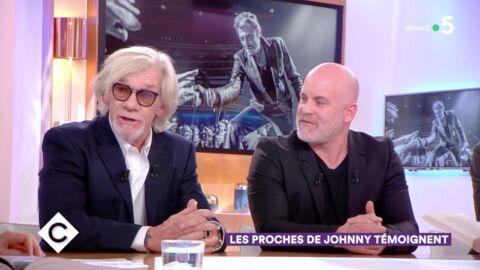 VIDEO Johnny Hallyday: après avoir pris un «violent» coup de lance sur scène, il a eu une réaction étonnante