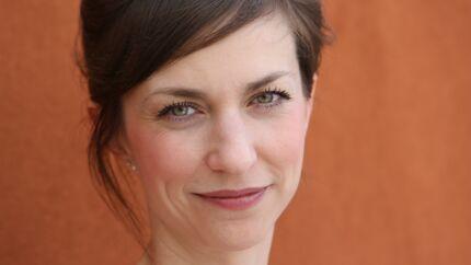 Papa ou maman sur M6: qui est Emilie Caen, l'héroïne de la série?