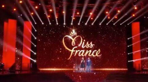 Miss France 2019: qui est Thierry Baumann, l'animateur des votes au côté de Jean-Pierre Foucault