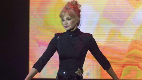 Arielle Dombasle: les vœux totalement fous de la comédienne pour la nouvelle année