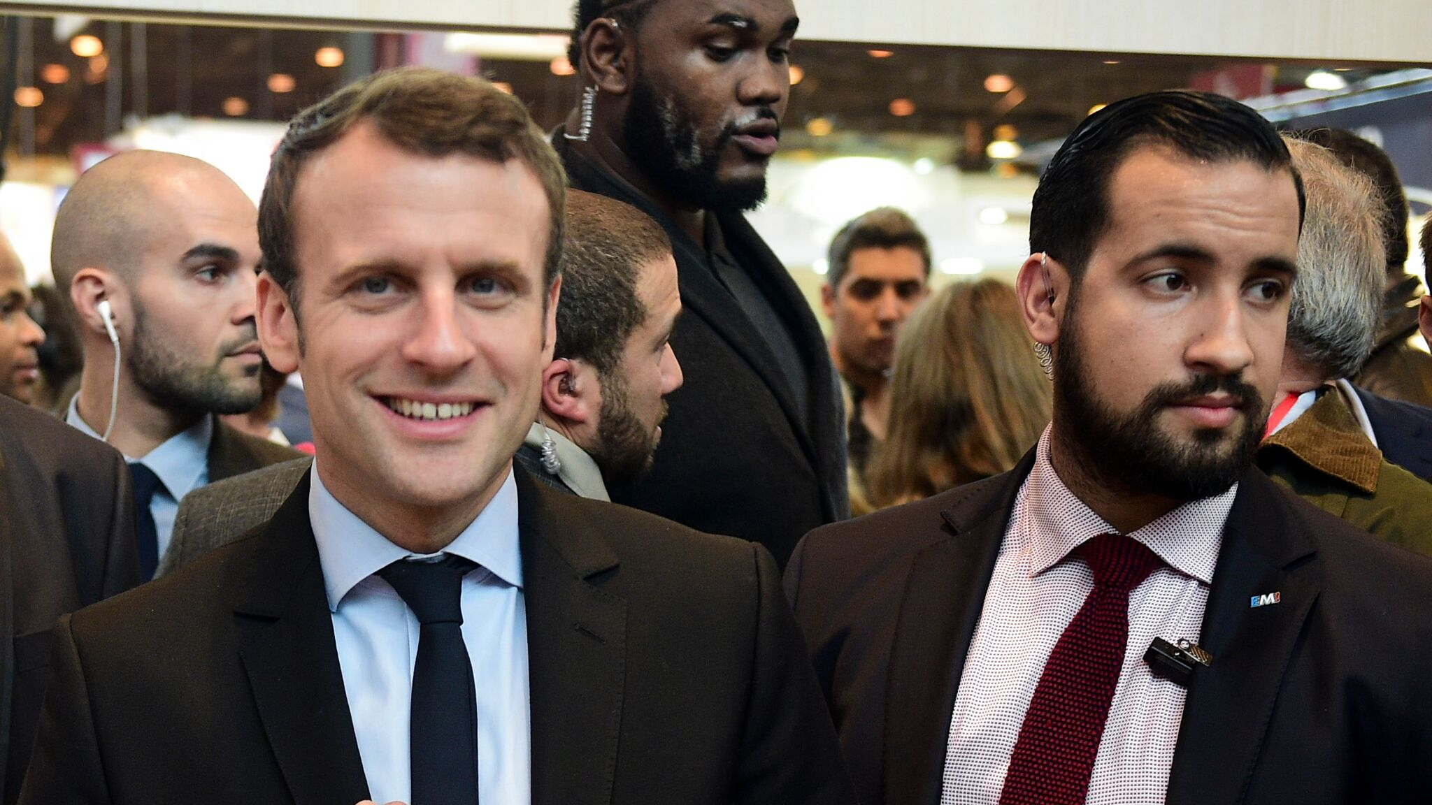 Emmanuel Macron Insulte Alexandre Benalla Et Avoue Lui Avoir