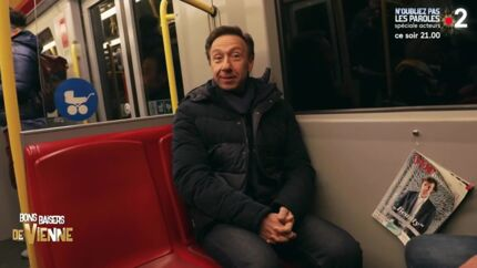 VIDEO Stéphane Bern tacle les Français depuis le métro de Vienne