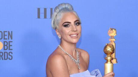 photos-lady-gaga-eblouissante-dans-son-imposante-robe-ornee-d-une-pluie-de-diamants-aux-golden-globes