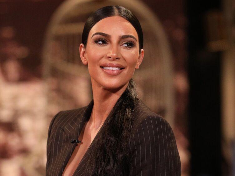 Kim Kardashian bientôt maman pour la quatrième fois : pourquoi elle a révélé le sexe du bébé!
