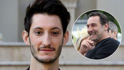 Pierre Niney filme Gilles Lellouche en mauvaise posture à la soirée Révélations des César