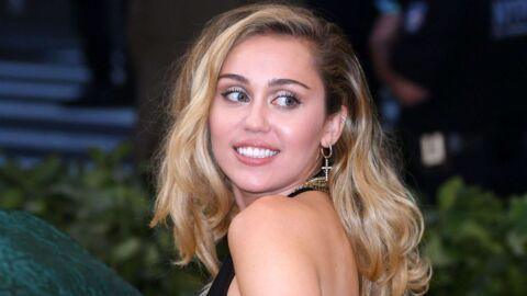 Miley Cyrus se fait griller avec son nouveau tatouage TRÈS coquin