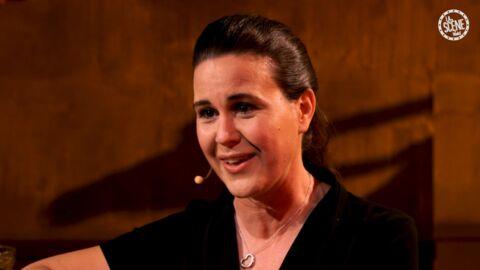 VIDEO: Antonia de Rendinger a déjà été confondue avec… Elle dit tout au bar de La scène Voici