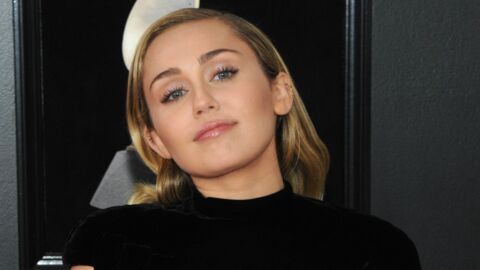PHOTOS Miley Cyrus en minishort troué: elle réchauffe ses fans en dévoilant ses fesses et son décolleté