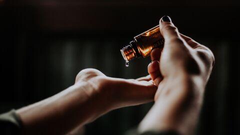 5 huiles démaquillantes à adopter d'urgence
