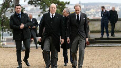 Obsèques du comte de Paris: Albert de Monaco, Stéphane Bern… rendent hommage à Henri d'Orléans