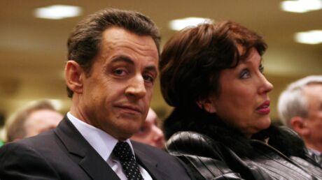 Nicolas Sarkozy: ce jour où Roselyne Bachelot s'est retrouvée culotte apparente à un de ses meetings