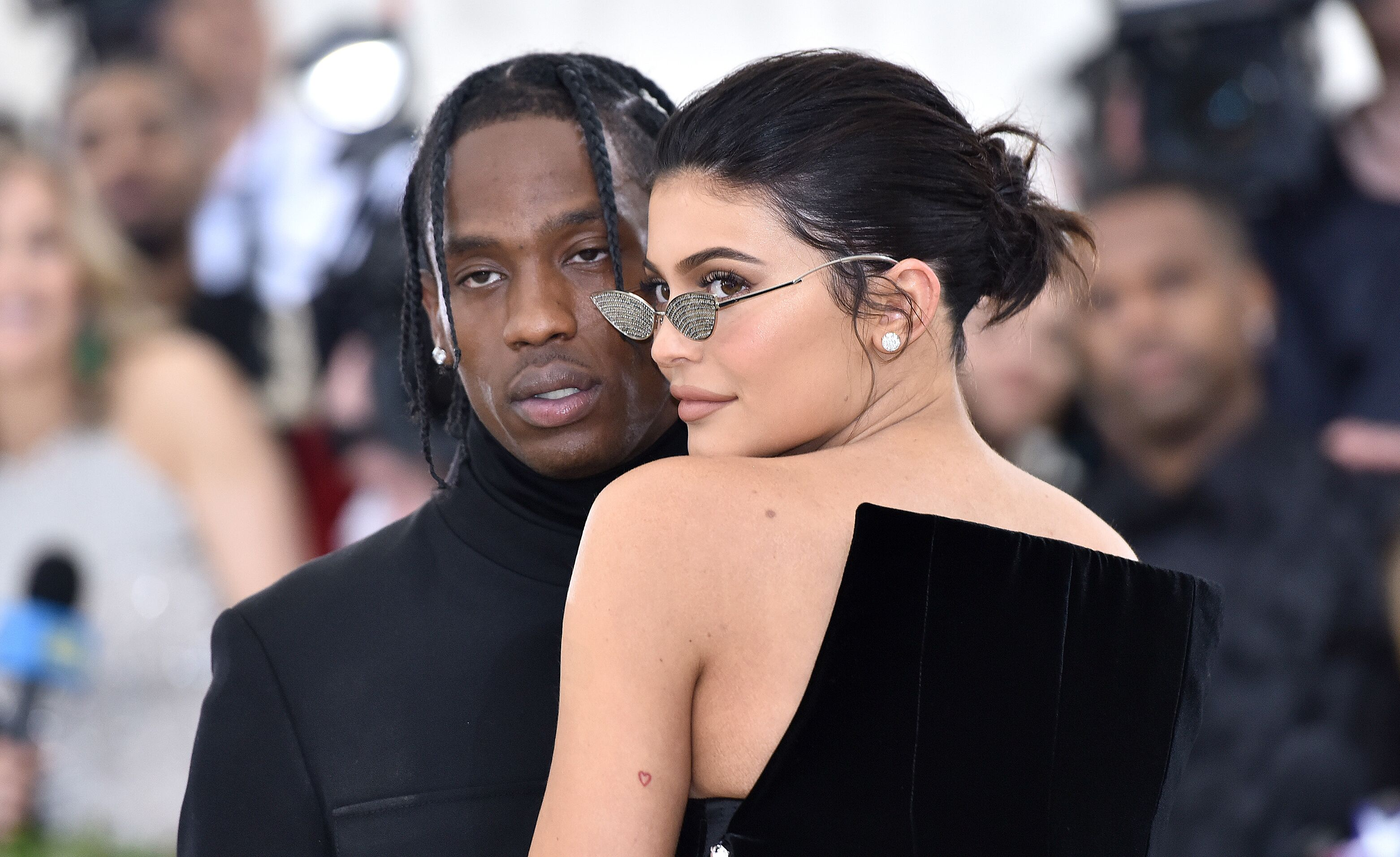 33a5207bdda Kylie Jenner accuse Travis Scott de l avoir trompée