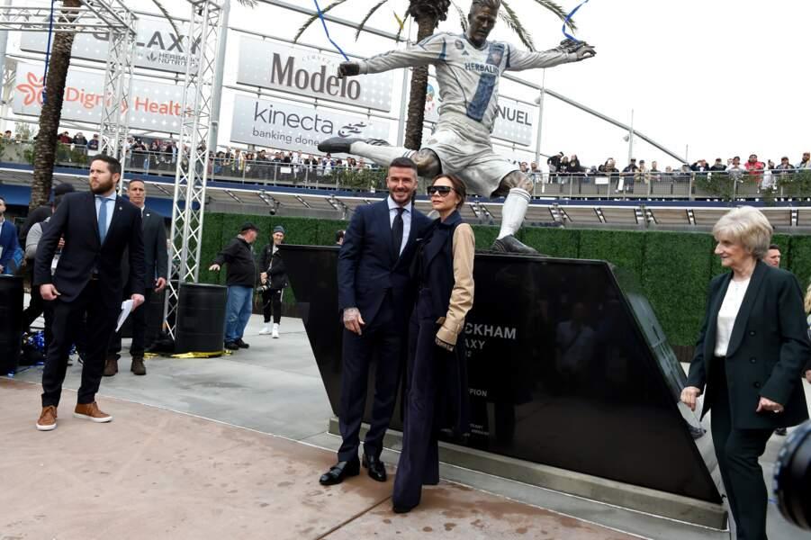 David Beckham radieux aux côtés de ses proches pour l'inauguration de sa statue