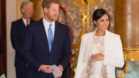 Meghan Markle s'amuse de son baby bump et évoque la naissance du royal baby