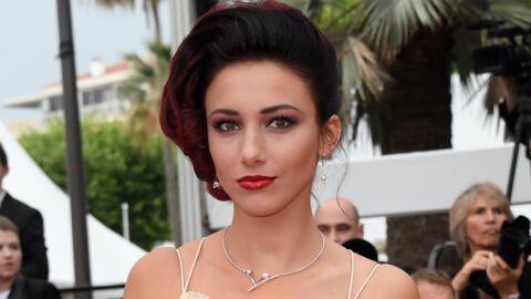 PHOTO Delphine Wespiser: seins nus sous une salopette, Miss France 2012 séduit ses abonnés