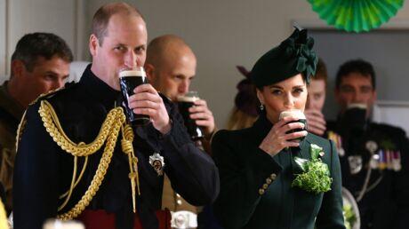 PHOTOS Kate Middleton et le prince William toujours aussi amoureux, ils dégustent une bière pour la Saint-Patrick