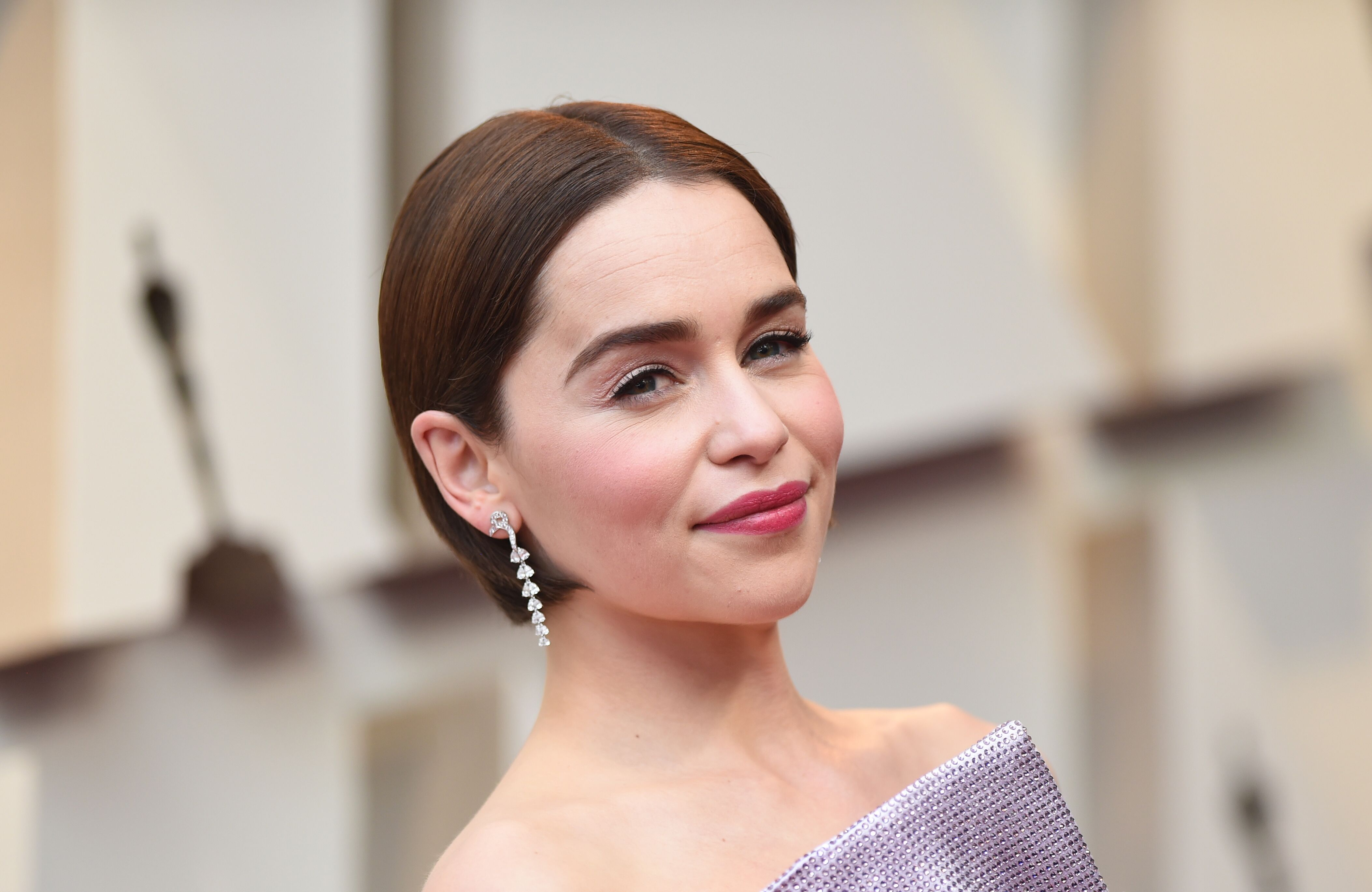 Emilia Clarke victime de deux AVC : la star de Game of Thrones raconte son calvaire