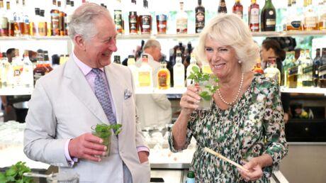 PHOTOS Le prince Charles et Camilla Parker Bowles se font des mojitos à Cuba