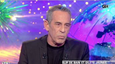 Thierry Ardisson s'incline