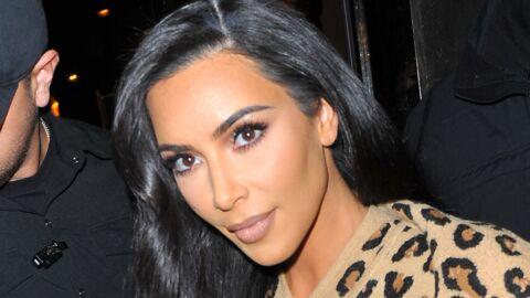 PHOTO Kim Kardashian pose en maillot échancré ultra-moulant et c'est perturbant