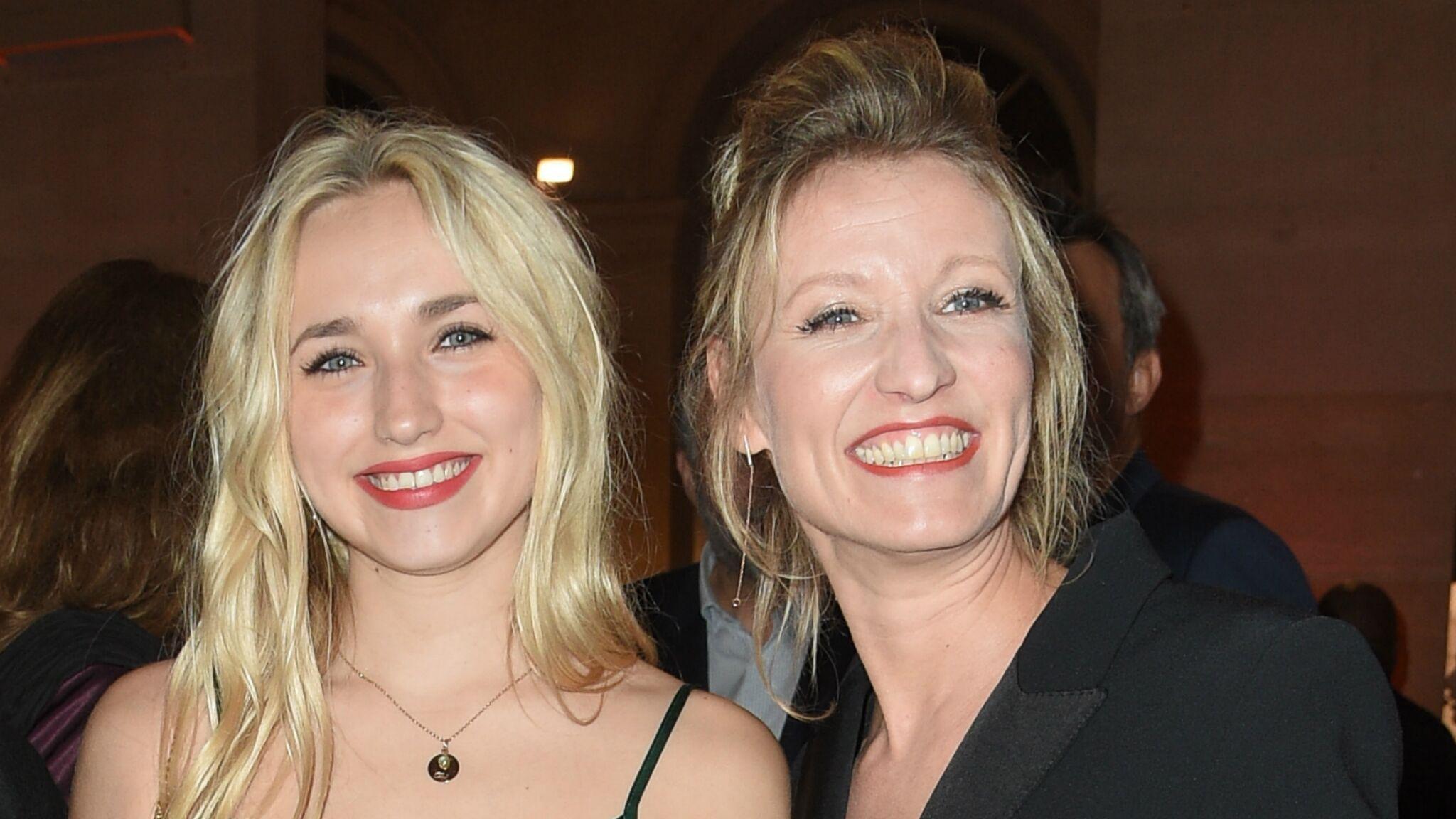 de26f660a2451 Alexandra Lamy   découvrez pourquoi sa fille Chloé Jouannet la traite de  ringarde - Voici