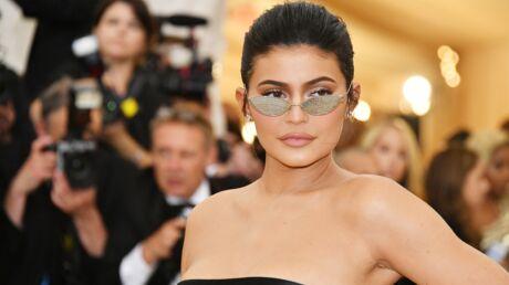 Kylie Jenner agrandit son empire beauté en lançant son premier parfum