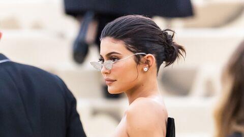 Coachella – Kylie Jenner opte pour un look… brillant!