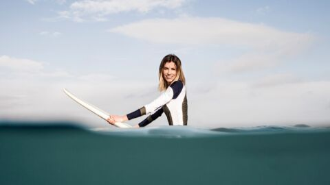 VIDEO – Alexandra Rosenfeld dévoile sa ligne de combinaisons de surf imaginée avec la marque Luz